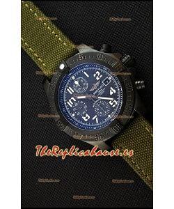 Breitling Avenger Reloj Réplica Suizo Caja de Titanio con Dial de Carbón Reloj Réplica a Espejo 1:1