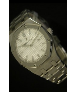 Audemars Piguet Royal Oak Ladies, Dial Blanco 33MM - Edición Réplica en escala 1:1