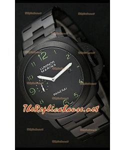 Reloj de esfera negra Panerai Luminor Marina Black con marcadores de hora verdes.