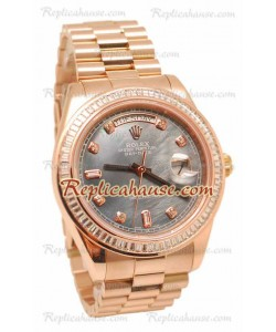 Rolex Day Date II Dial color Perla Rose Gold Reloj Suizo Bisel de diamantes 43MM