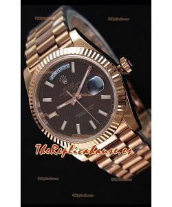 Rolex Day-Date 40MM Reloj en Oro Rosado y Dial texturizado en color Marrón con Marcadores de Hora tipo Stick